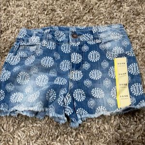 New with no tag Cherokee shorts size S 6/6x